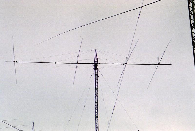 4el 40m. 42m up.